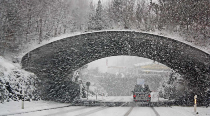 Hamowanie zimą – wszystko co musisz wiedzieć