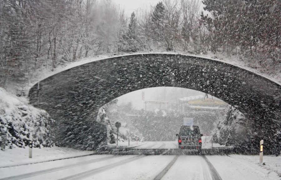 Hamowanie zimą